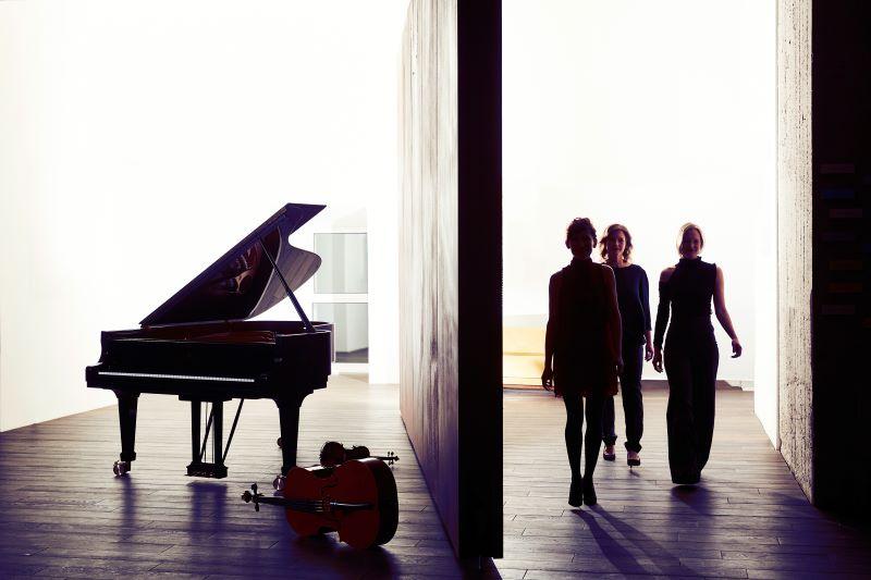 Wanderlust: Boulanger Trio